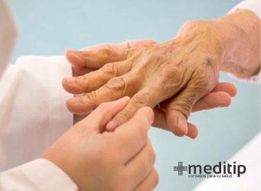 Enfermedades autoinmunes - Visita al dermatólogo