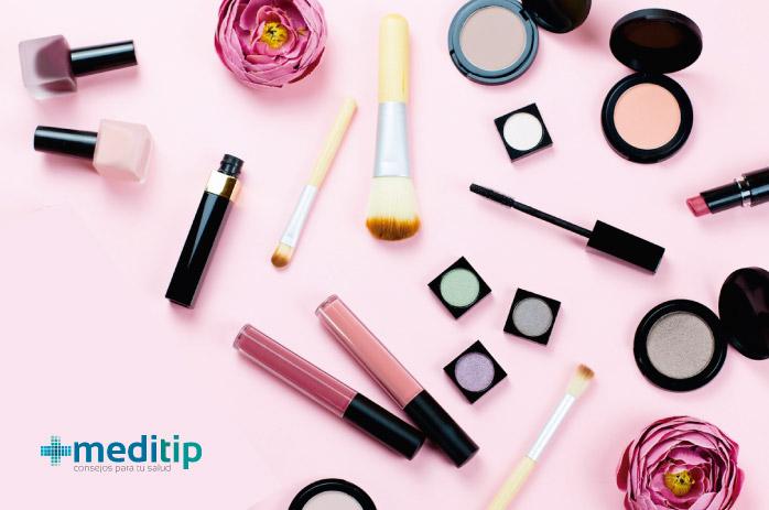 Maquillaje y el cuidado de la piel: cosméticos