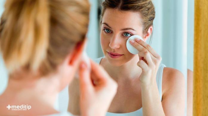 Salud de la piel y rutina de cuidado de la piel: tonificador