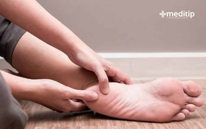Signos tempranos de mala circulación: pie adormecido o pie con hormigueo inexplicable