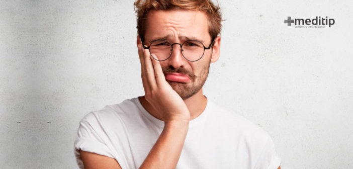 Por qué duelen los dientes: causas del dolor dental