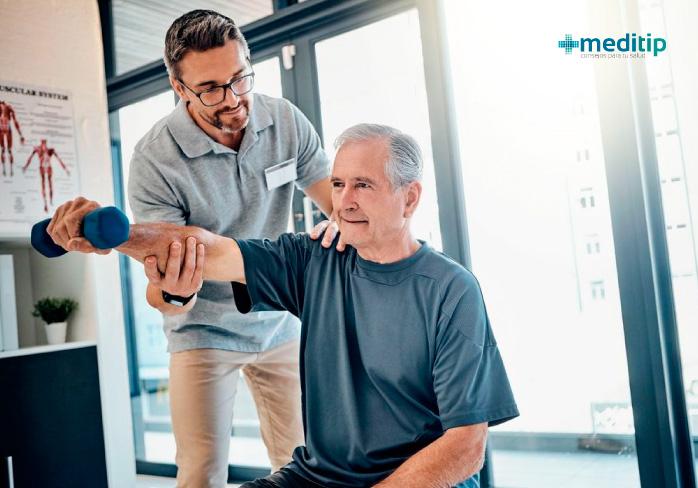 Fisioterapia para adultos mayores para el manejo de lesiones